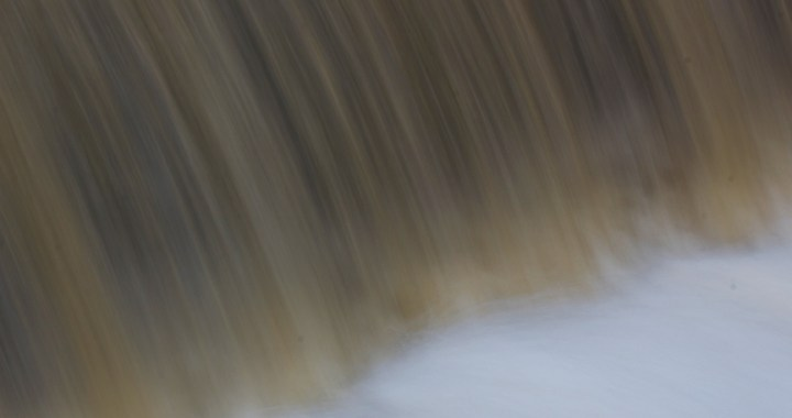 slow shutter speed on water