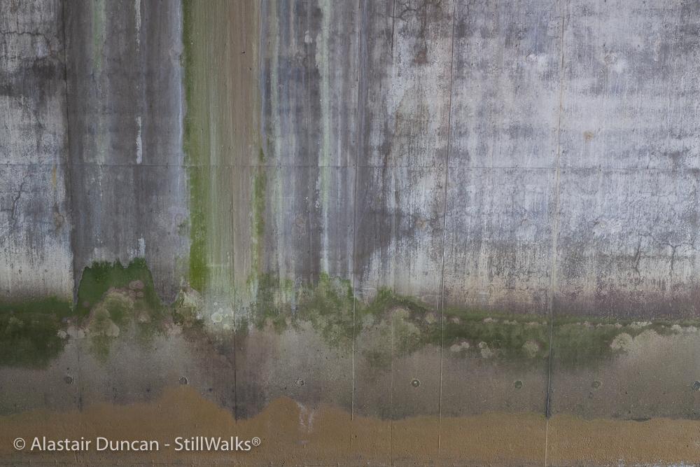Concrete water patterns