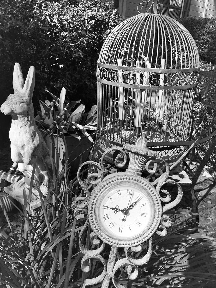 The white rabbit statue in black and white