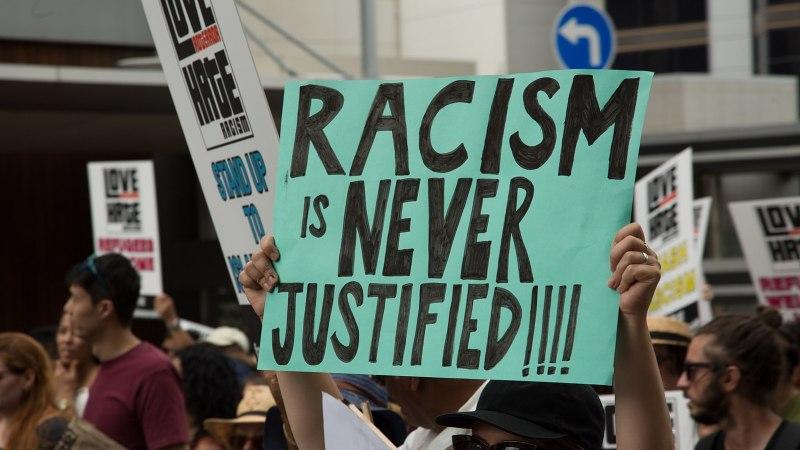 Le racisme peut détruire une société