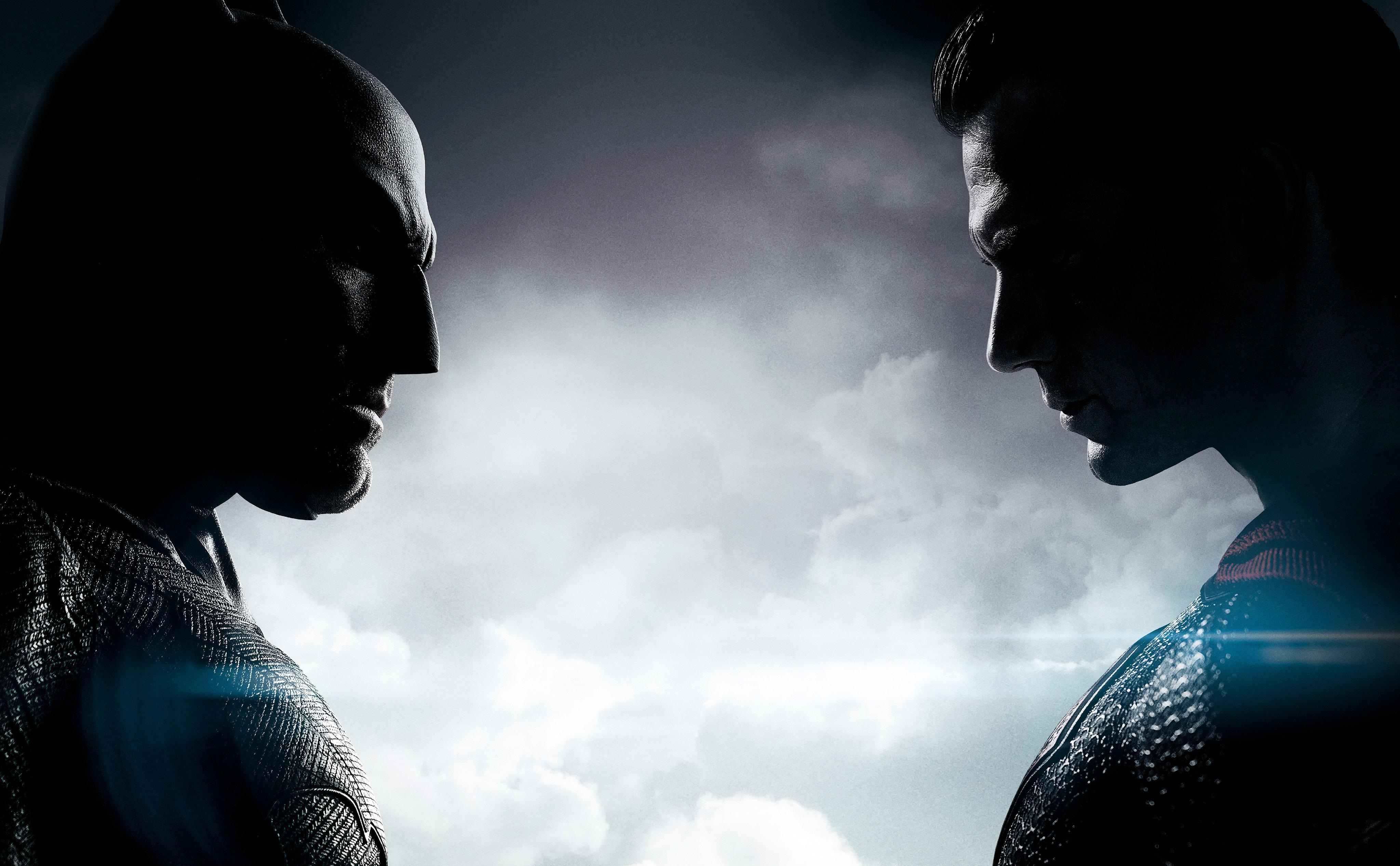 New Batman v Superman Trailer: 8 Things That Stood Out