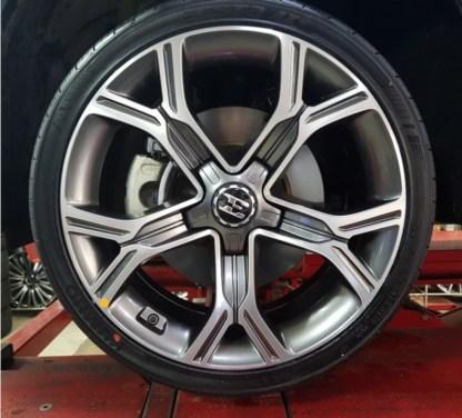 """OEM 19 inch Stinger """"E"""" Wheel Caps"""