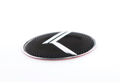 kia stinger steering wheel badge