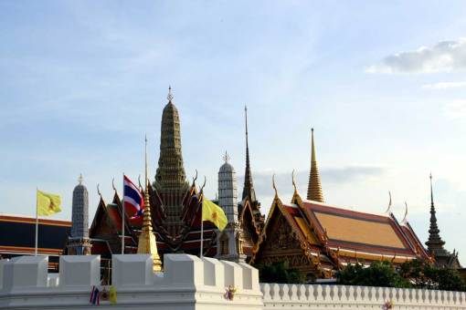 Grand palace, view from the outside. Bangkok city guide