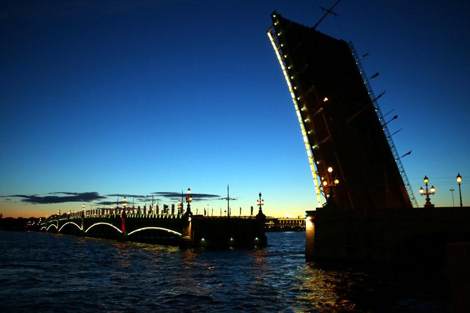 Troistky (trinity) bridge at nigth, St.Petersburg.