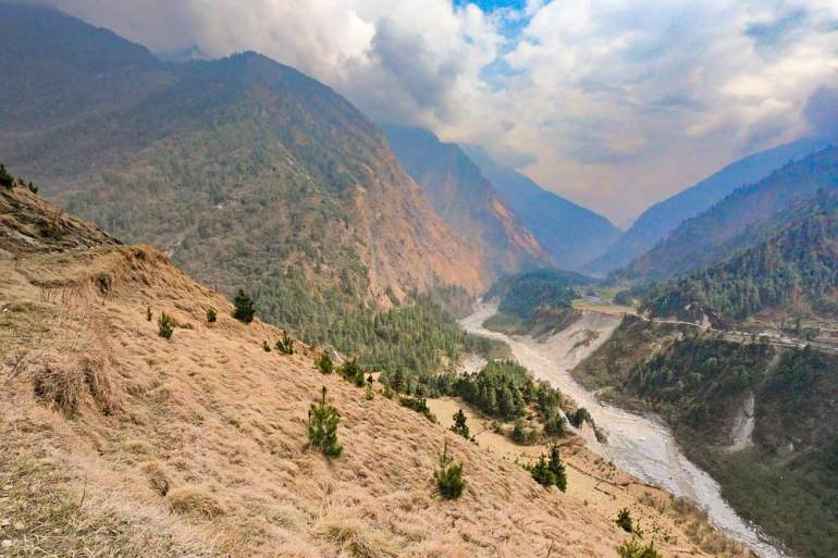 River and the mountains, scenery at the end of the trek