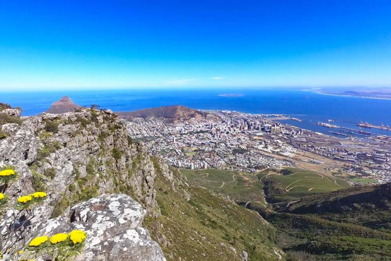 Beautiful view of Cape Town city center and the ocean from Devil's Peak hike