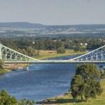 Die Elbe unterhalb der Schlösser