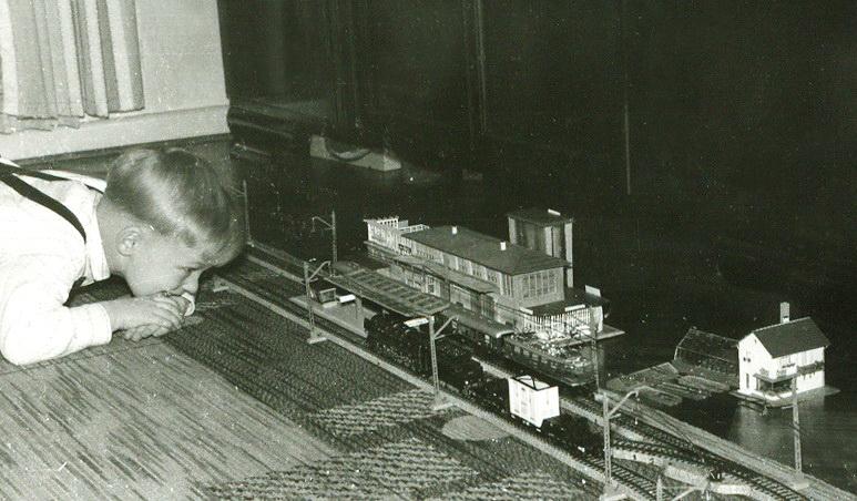 Manfred mit Eisenbahn