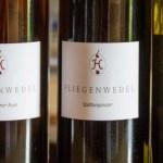 """""""…besonders edel: <br>Wein vom Fliegenwedel!"""""""