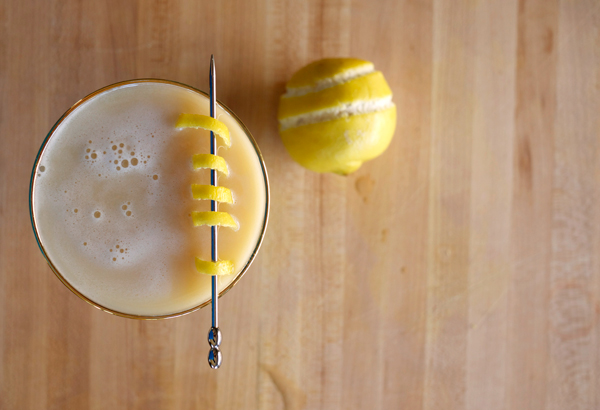 yuzu whiskey sour garnish