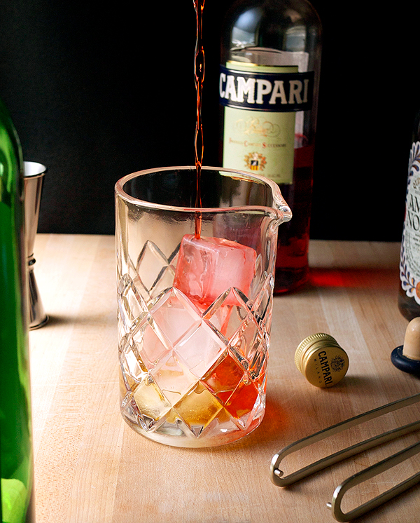 Viva Negroni! for Negroni Week // stirandstrain.com
