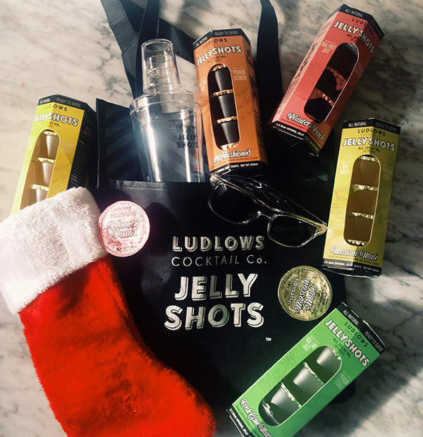 Giveaway // Ludlows Craft Cocktail Jelly Shots // stirandstrain.com