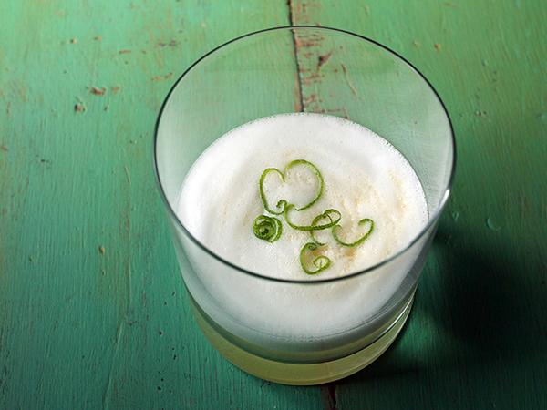 Fresh Lemongrass Sour Cocktail // stirandstrain.com