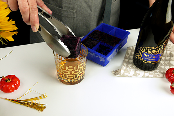 Entertaining Tips: Banfi Wine Ice Cubes // stirandstrain.com