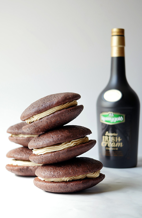 Monday Booze News Bakes with Booze // stirandstrain.com
