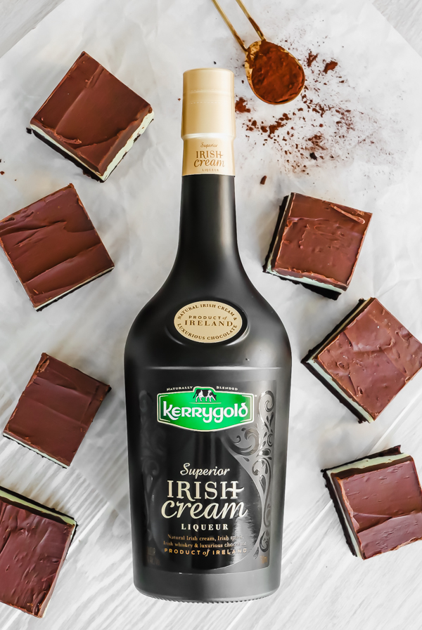Bake It: Kerrygold Irish Cream Grasshopper Brownies // stirandstrain.com