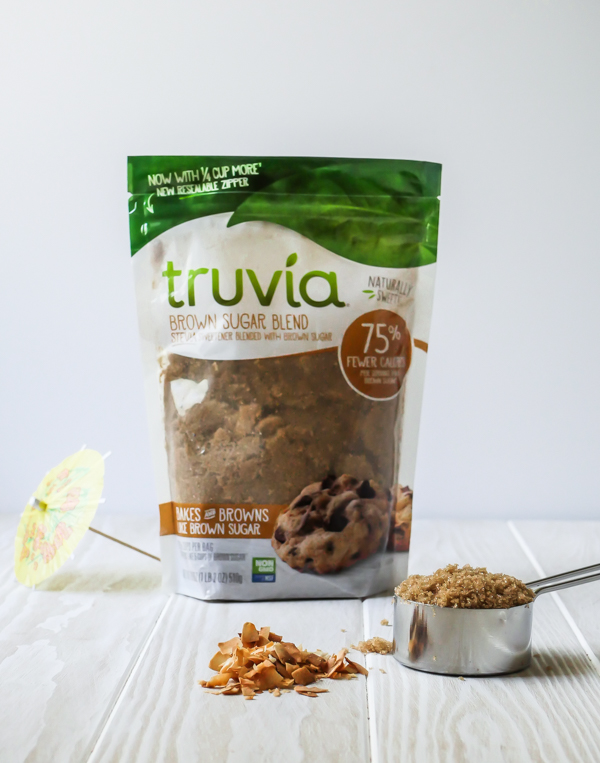 Tropical Toasted Coconut Mint Julep with Truvia // stirandstrain.com