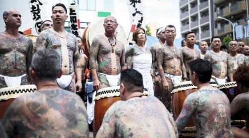 De ce teribilii criminali Yakuza sunt jupuiți de piele când mor » Care e testul incredibil de admitere și de ce se taie degetul mic