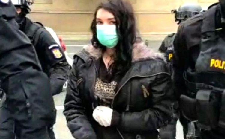 Tânăra din Timișoara, adeptă ISIS, condamnată definitiv la închisoare pentru propagandă teroristă