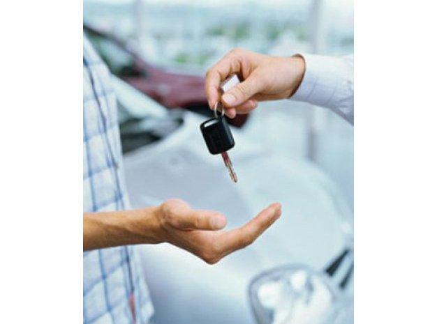 Cum eviți înșelătoriile când cumperi o mașină second-hand: 3 reguli esențiale