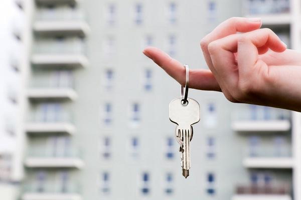 Cota redusă de TVA de 5% s-ar putea aplica și pentru locuințele mai scumpe. Care va fi impactul?