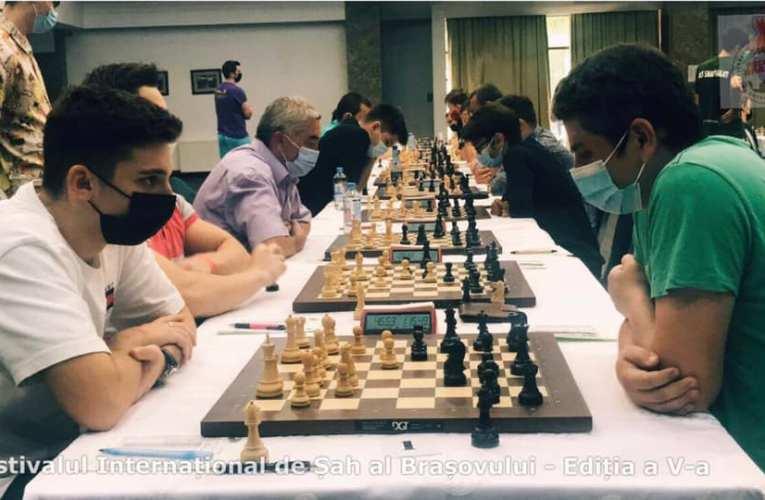 Festivalul Internațional de Șah Brașov a ajuns la a5-aediție. Competiția se desfășoară chiar în aceste zile în Poiana Brașov