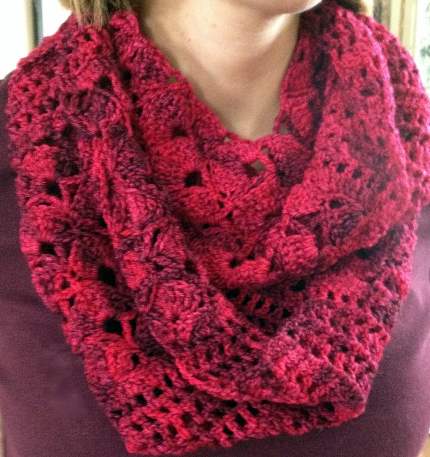 Knitting Patterns For Scarves Using Sock Yarn : Crochet Infinity Scarf Stitch4eveR