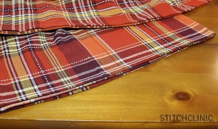 How to make a table cloth into a table runner