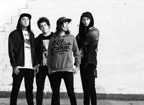 Pierce The Veil To Release Documentary