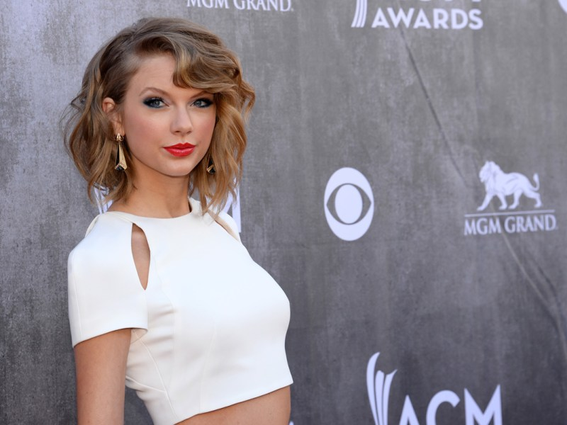 "Taylor Swift Releases New Song ""Out Of The Woods"""