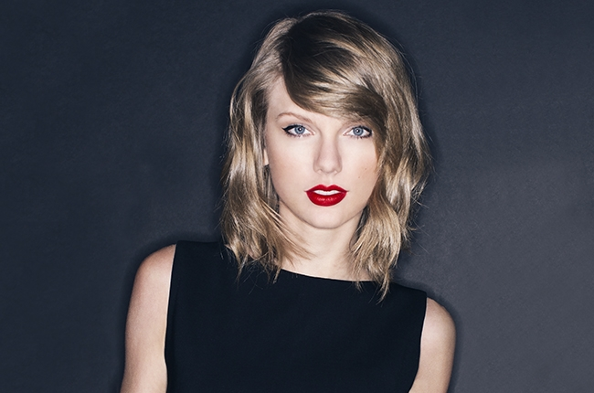 "Taylor Swift Releases ""Wildest Dreams"" Music Video"