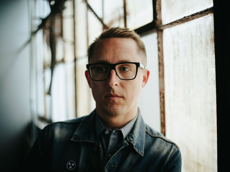 """William Ryan Key releases music video for """"Old Friends"""""""