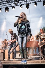 Sheryl Crow Laurel Live 04