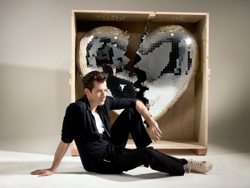 "Album Review: Mark Ronson's ""Late Night Feelings"""