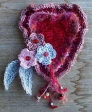 freeform crochet - heart and flowers - rita summers 2013