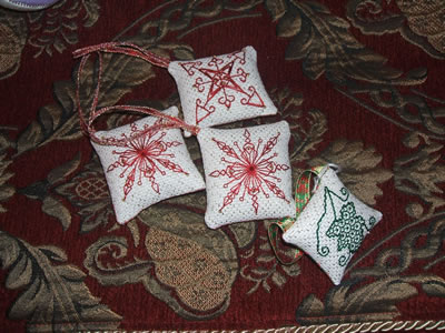 Xmas cross stitch ornies