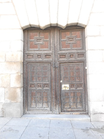 Madrid doors 1