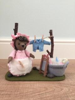 'Kleine wasjes, grote wasjes' (Mrs. Tiggy-Winkle doing the washing) design by Atelier het Oog van de Naald
