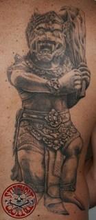 Stitchpit-Tattoo-Hamburg-10085-guard-temple