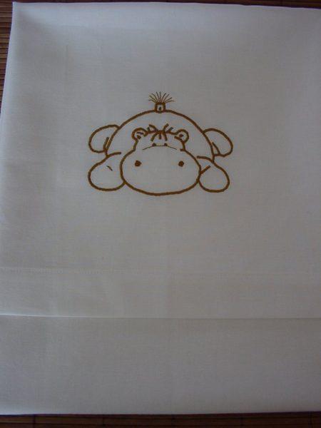 Ledikantlakentje met naam en nijlpaardje  Stix Textiel