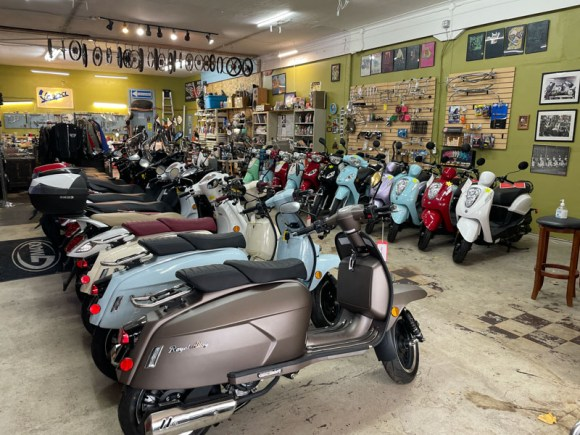 Sabatino-Vintage-Scooters-Mopeds