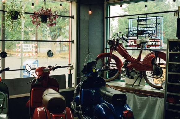 Sabatino-Vintage-Scooters-Mopeds-4