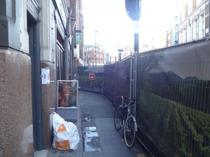 Vinoteca Wine Bar & Shop: blocked from view