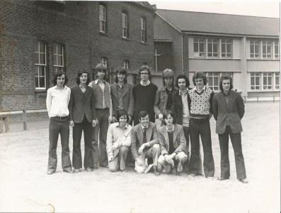 1974 -2