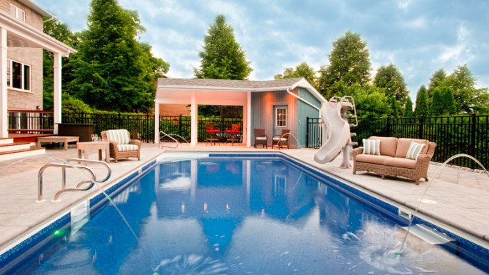 rectangle-pool-with-water-feature