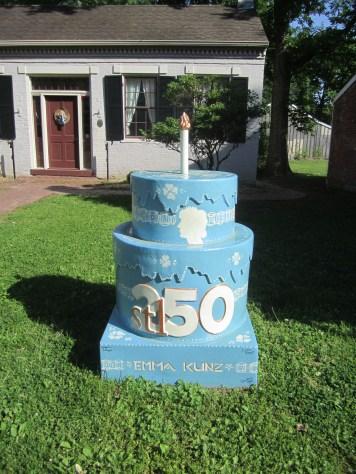 Cake #96 at the Emma Kunz House