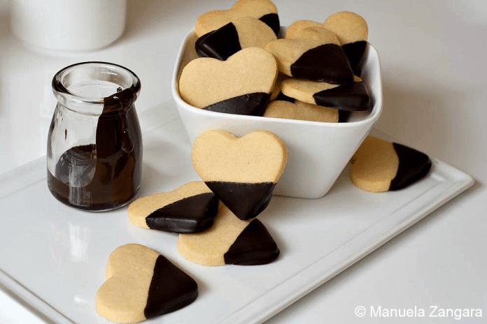 shortbread_chocolate_hearts