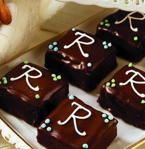 Monogrammed Mini Chocolate Cakes