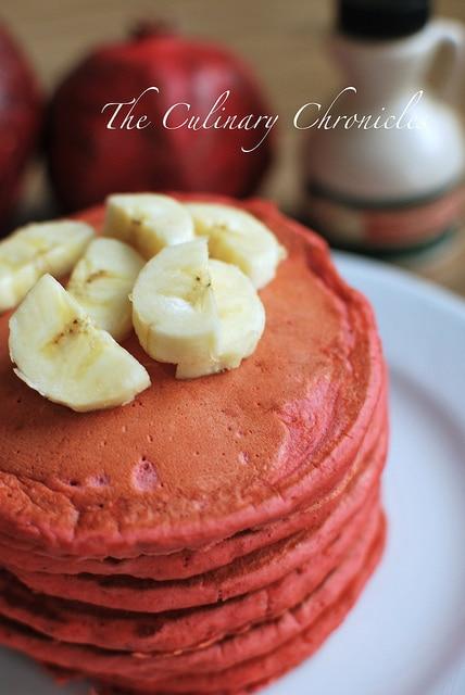 Red_Velvet_Banana_Pancakes